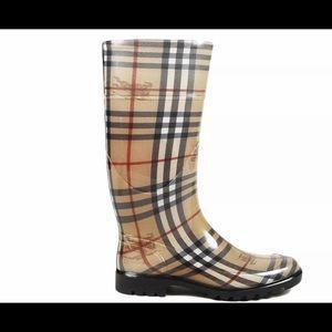 BURBERRY Nova Check Rubber Rain Boots Size 38